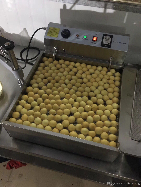 Freies Verschiffen kostete manuelle Donutbrätermaschine / Donut Ball / kommen mit 3 verschiedenen Formen