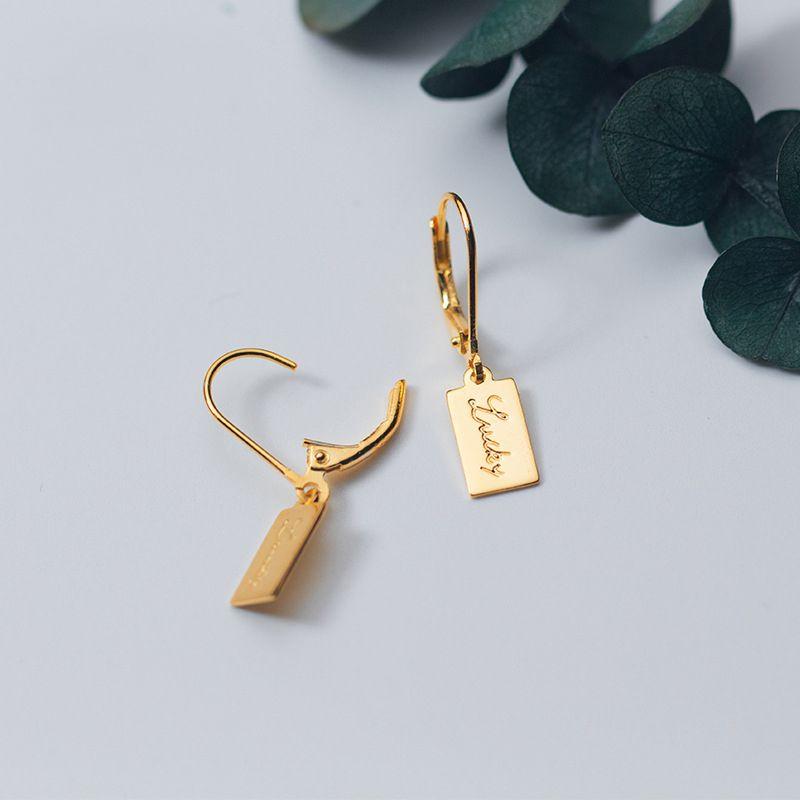 venta al por mayor de plata de ley 925 color oro Lucky Letter Alphabet Tag pendientes de gota para mujeres pendientes de plata de la manera joyería