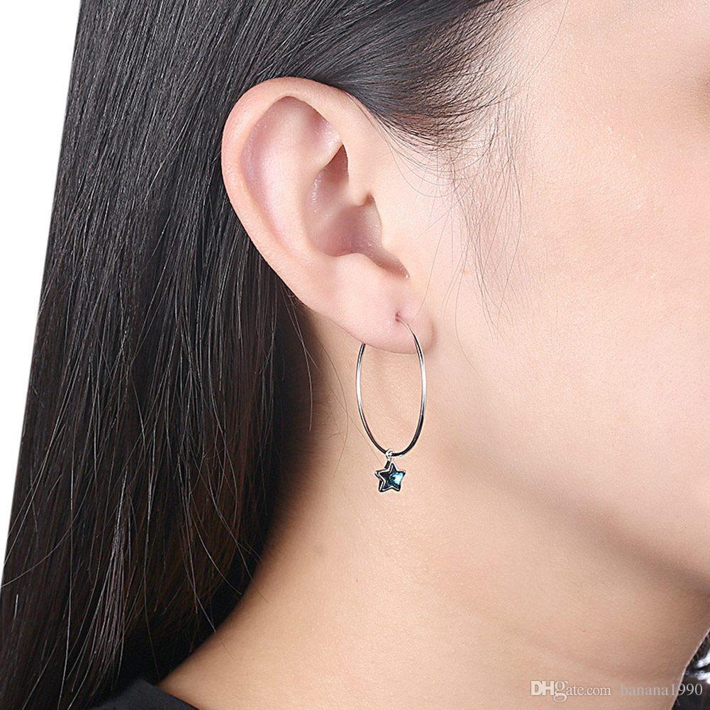 LADIES SILVER SMALL CLOSE BACK EARRINGS 3CM ELEGANT SHINY DIAMOND LOOK