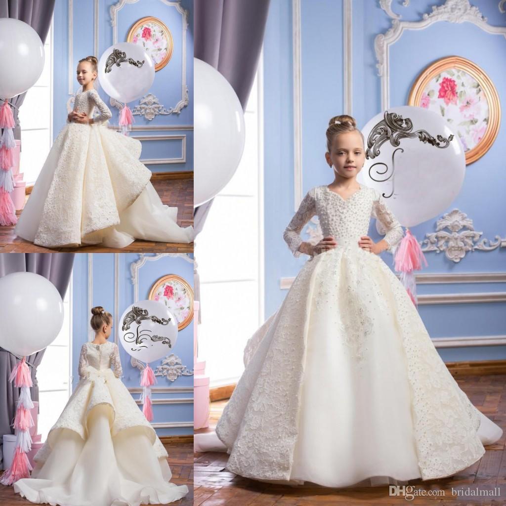 Neueste 2019 Mädchen-Festzug-Kleider mit langen Ärmeln mit Perlen Perlen Erstkommunion Kleider mit V-Ausschnitt Spitze Ballkleid-Blumen-Mädchen-Kleidern