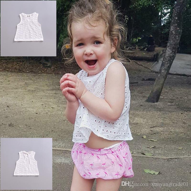 INS 여자 아기 여름 2018 유아 신생아 중공 흰색 탱크 탑 티 민소매 셔츠 옷 새로운 아이 의류 Y9
