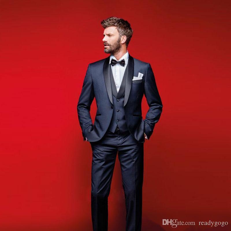 أنيق الأزرق الداكن الزفاف البدلات الرسمية يتأهل الدعاوى للرجال رفقاء العريس بدلة ثلاث قطع رخيصة حفلة موسيقية الدعاوى الرسمية (سترة + سروال + سترة + القوس التعادل)