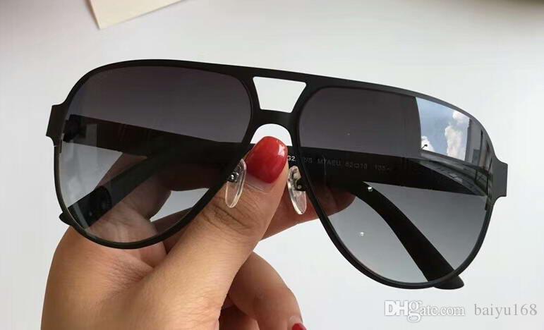 Mens Pilot Sonnenbrille 2252 Mattschwarz / Grau Objektiv Sun Sonnenbrille occhiali da sole Eyewere UV-Schutz im Kasten neu