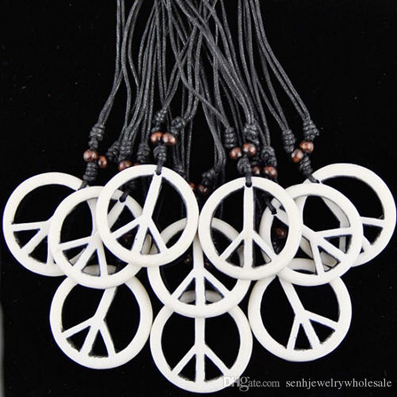 Monili di modo All'ingrosso lotto 12 pz / LOTTO Simulazione Osso Intagliato Bianco Pendente di Pace Collana Amuleto per uomini regali delle donne MN244
