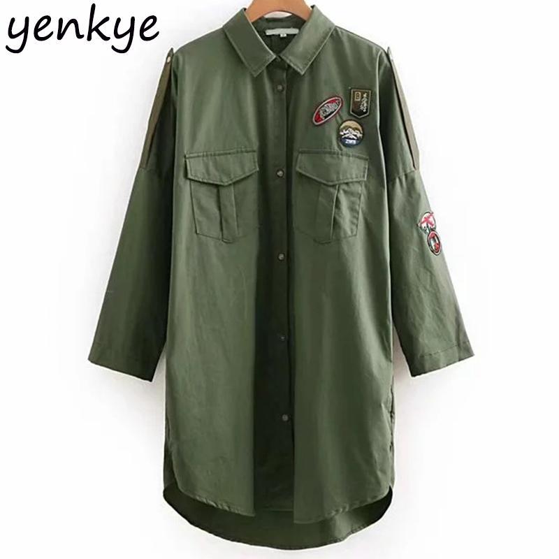Femmes Patchs Design Armée Vert Veste Longue Femme Col rabattu Manches longues Relaxed Fit -style Overshirt Taille Plus