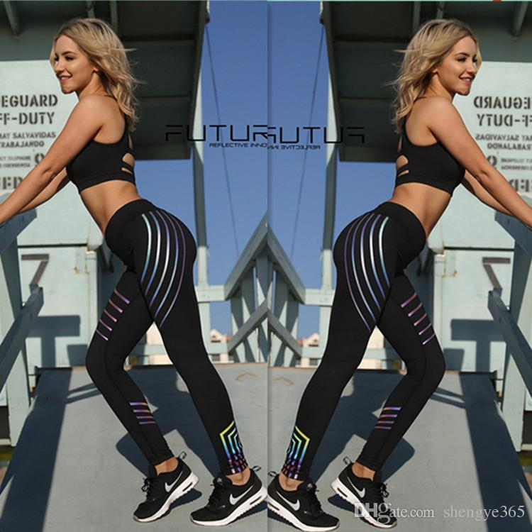 2018 Fitbody noctilucent Yoga Pantalon Femmes Fitness Sexy Hanches Push Up Leggings Maille Sport Course Pantalon Serré Femmes Fitness Slim Gym Leggings