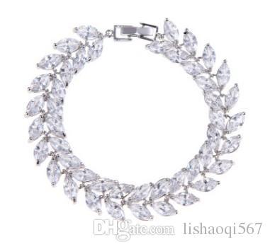noble hgih quality low price white diamond crystal women's bracelet (40)