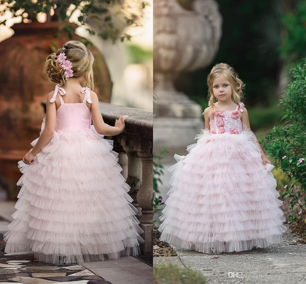 2018 Girl Dress Princess Pink Nuovo Bella Little Girls Pageant abiti Tiered Tulle del vestito dalla torta 3D floreale fiori per il matrimonio per le bambine