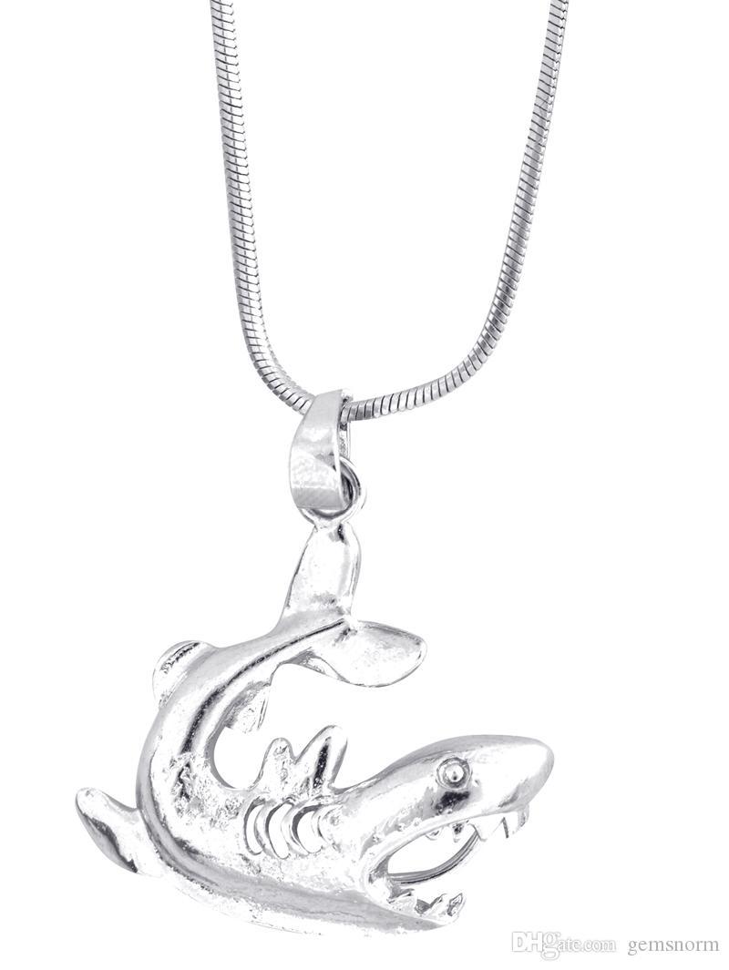 Gümüş kaplama köpekbalığı şekli için Kafes Kolye İstek Kolye Montajları DIY Moda Serin Mücevher Takılar P59