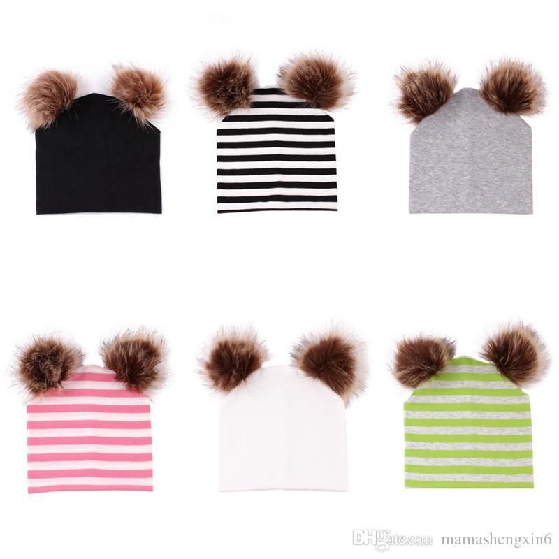 New Newborn Infant Double Cotton Hats Baby Double Ball Palla di pelo Hat Black White Stripes Cappellini per bambini