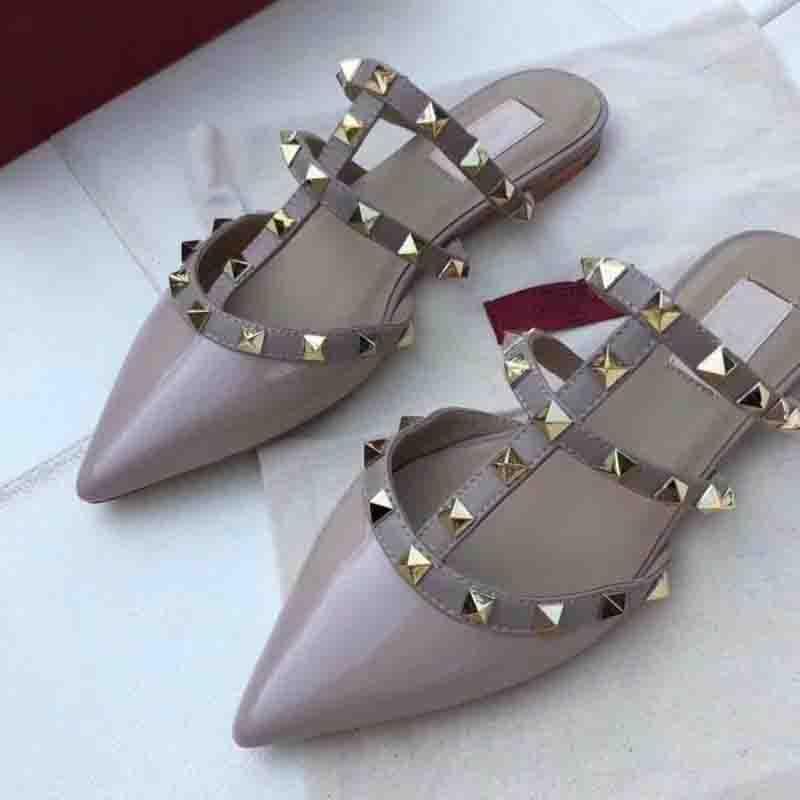 여성 굽 높은 신발 럭셔리 샌들 로퍼 여름 정품 가죽 신발 고품질 플랫 리벳 신발 브랜드 슬리퍼 2018 디자이너