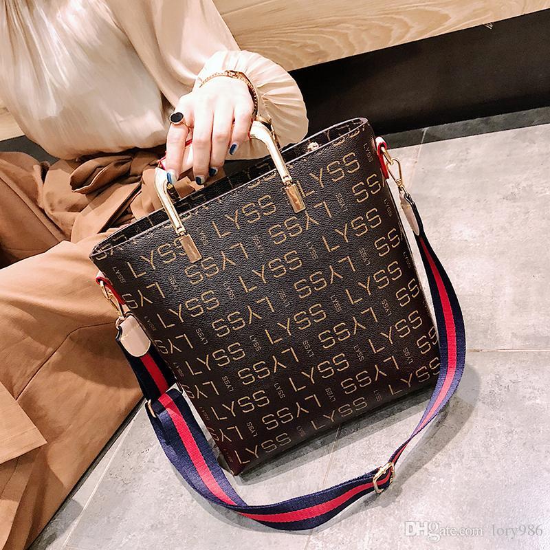 2018 New Fashion Shoulder Leather Bolsas de cubo de mano Candy Colors Cross body Letters Bolsas de hombro Daily LIYA /// 9