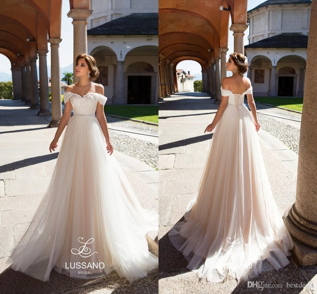 Discount Simple Elegant Light Champagne Tulle Beach Wedding Dresses 2018 Off Shoulders Lace Appliques Corset Back Bridal Gowns Custom Made Wedding