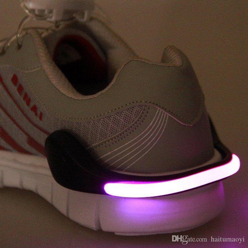유용한 야외 도구 LED 빛나는 구두 클립 빛 밤 안전 경고 LED 밝은 플래시 빛 실행 자전거 자전거 LF050