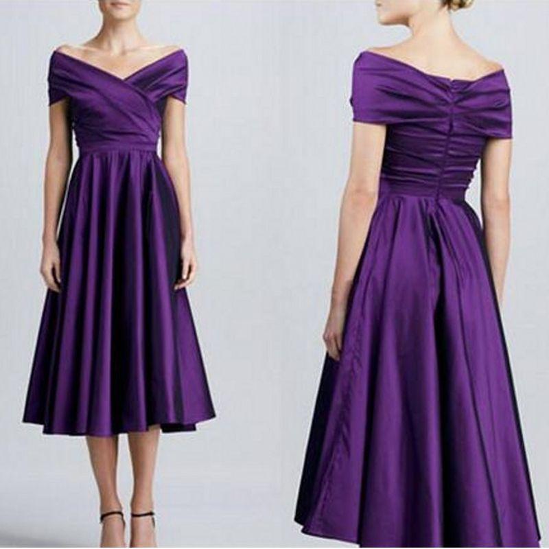 Robes de demoiselle d'honneur pourpres foncées à l'épaule élégantes robes de demoiselle d'honneur courtes et simples en satin longueur de thé Aline