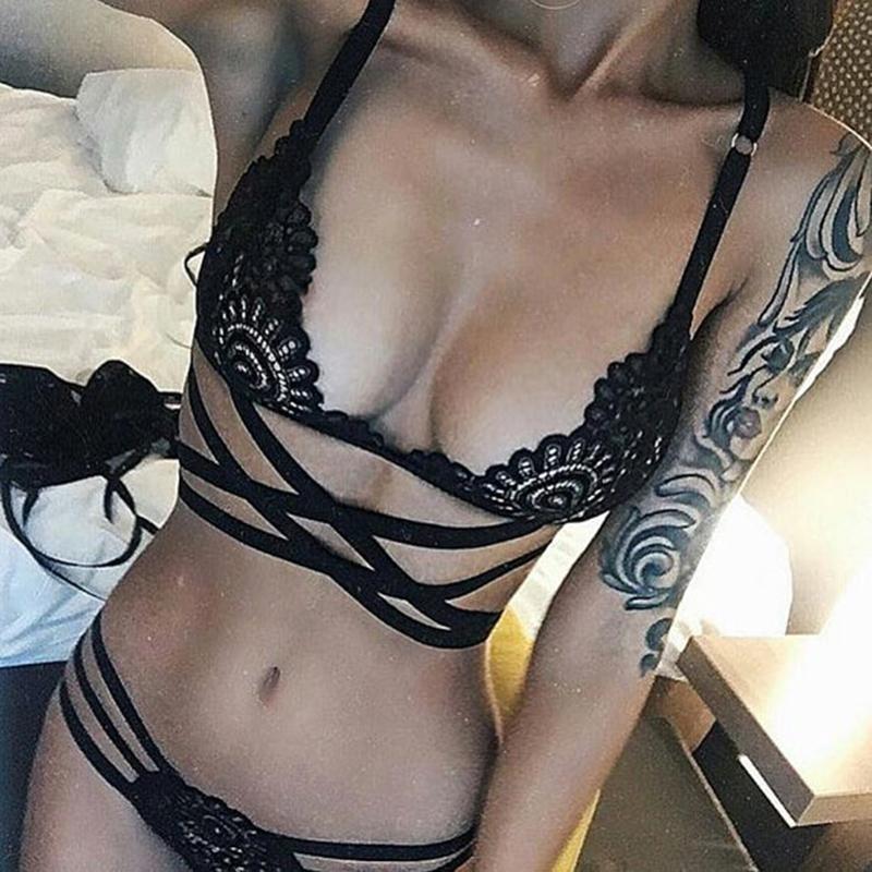 2018 Sexy Dessous BH Set Transluzente Bandage Spitze Kreuz Gürtel Hohl Bh Intimates Damen Unterwäsche Set Spitze und Panty