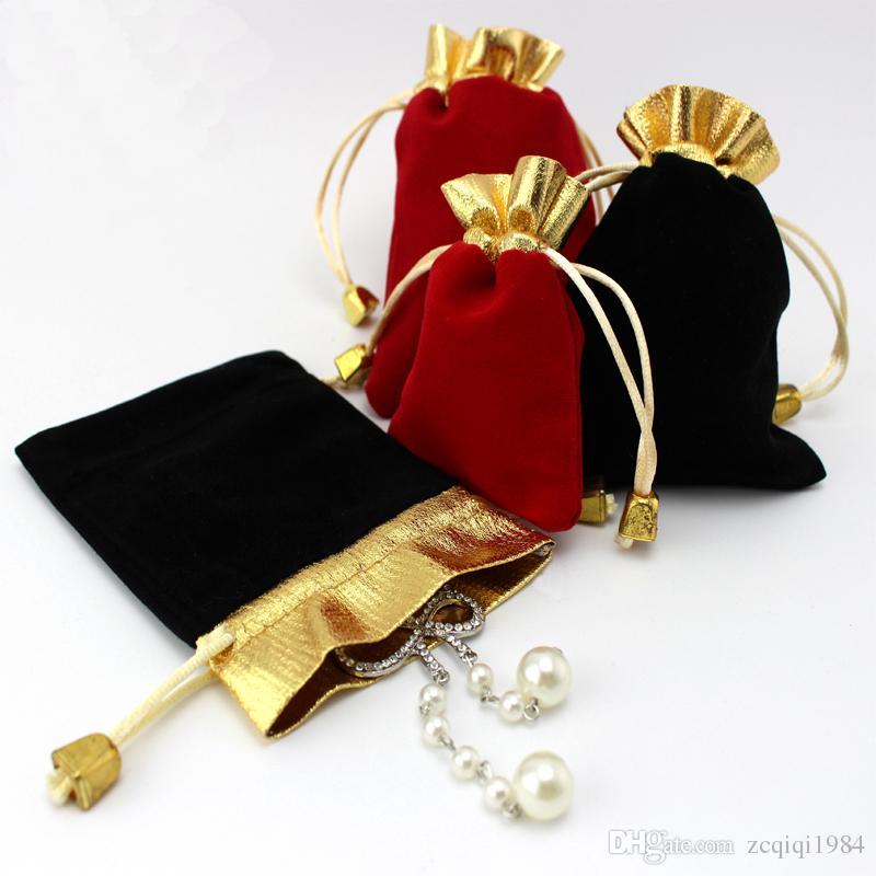 أسود أحمر المخملية مطرز الرباط الحقائب والحقائب 100pcs / lot 2Colors 2sizes تغليف المجوهرات حقائب هدايا عيد الميلاد الزفاف