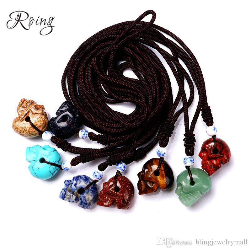 Roing Stone Skull Pendant Necklace Mexican Day of the Dead Accessories Retro Jewelry Crystal Choker Halloween Decoration N006