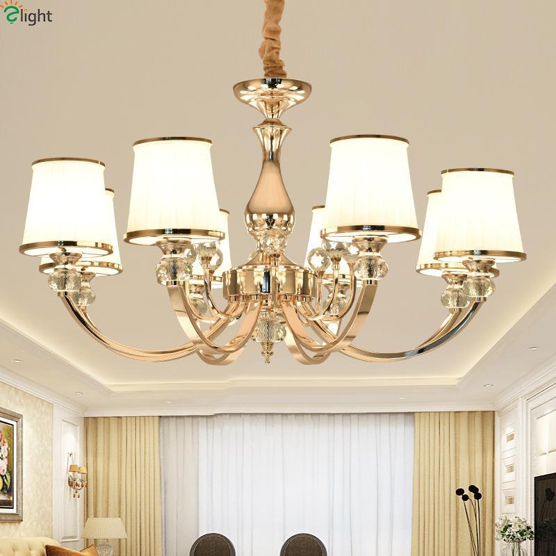 Le salon en cristal de lustre moderne a mené des lustres d'or / la salle à manger en métal de chrome a mené les lumières pendantes de lustre suspendu