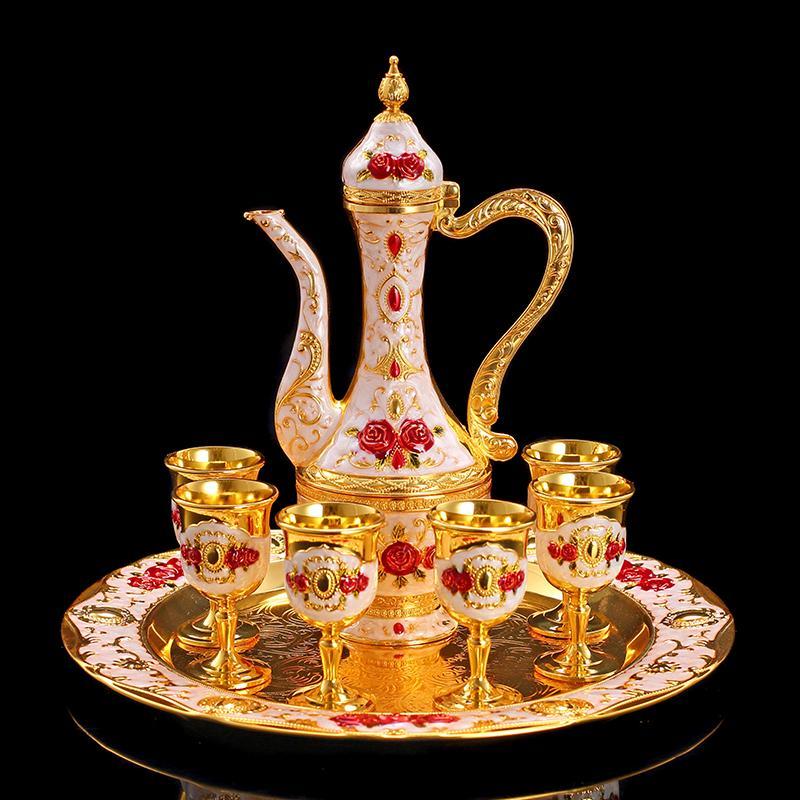 8 Pz / lotto Vintage Oro Sier Vino Ware Set Bicchieri Casa In Metallo Fiaschetta Tazza di Cassetto Vassoio Creativo Kit Pentola Bicchier ...