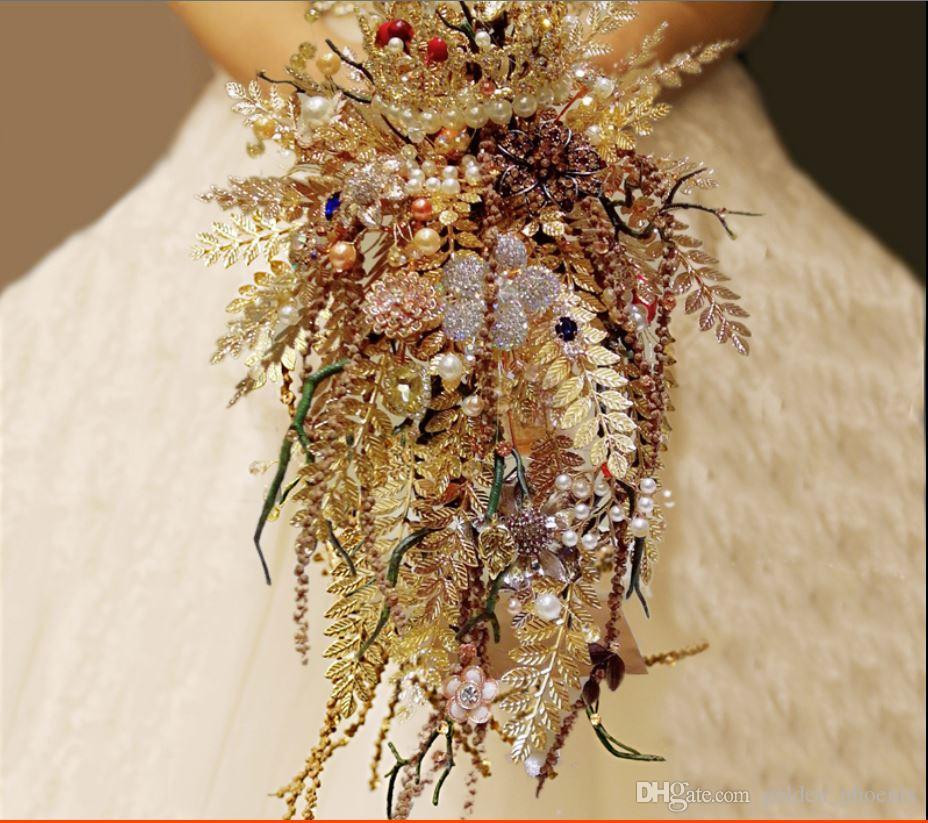 High-end özel altın taç damlayan düğün buket bakır yaprak şube takı broş gelin buketi
