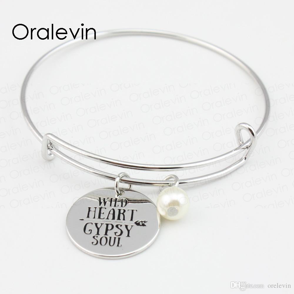 WILD HEART CYPSY SOUL Inspirational estampé à la main pendentif gravé charme fil extensible bracelet Bracelet bijoux faits à la main 10pcs / lot