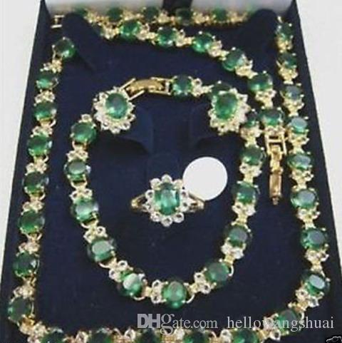 Bellissima collana con smeraldo, bracciale, orecchini e scatola