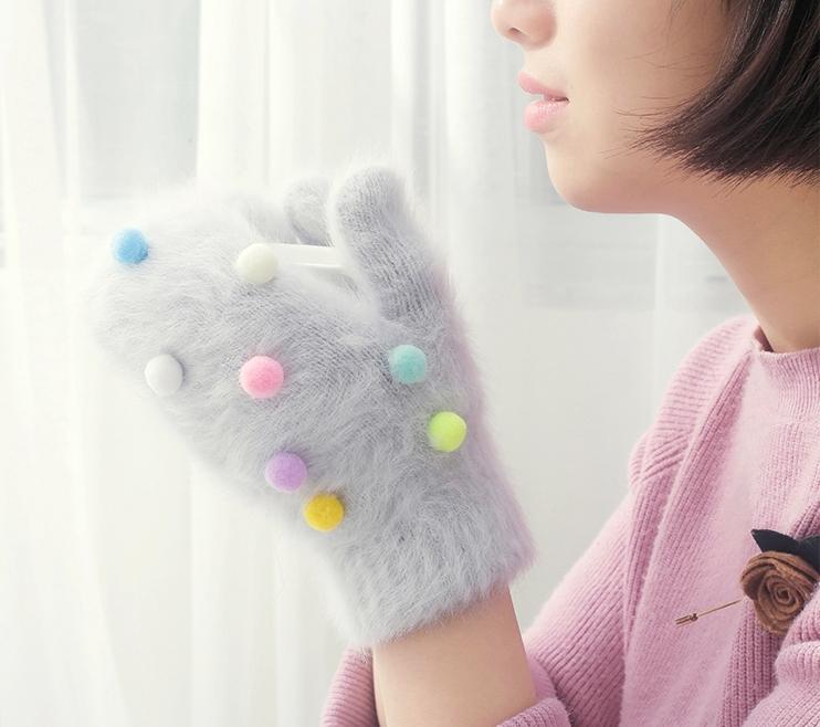Gants d'hiver pas cher Femmes balle colorée gants de fourrure de lapin sans doigts mitaines tricotées femme chaude gants D18110806