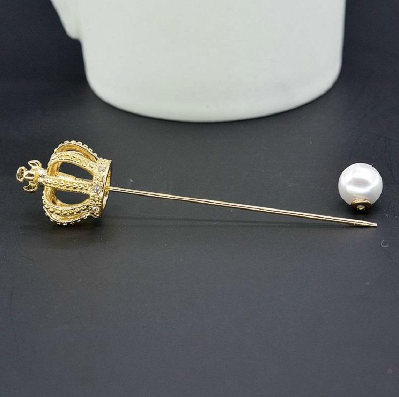 Best Sell Fashion Strass Lungo Golden Crown Brooch Lusso Fine Jewelry Accessori Spille