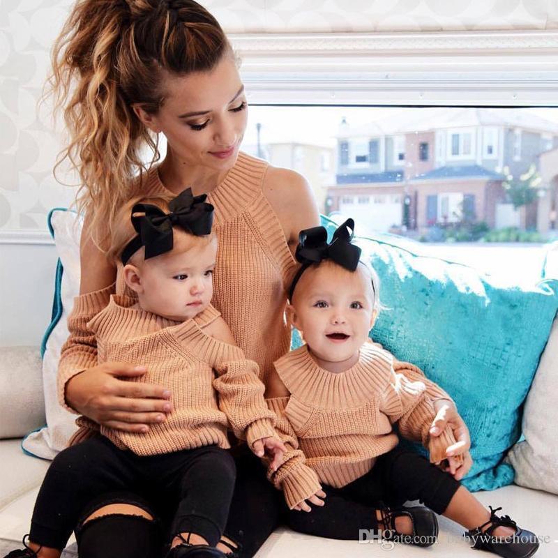 Eşleşen Aile Giyim Anne ve Kızı Giysileri Anne ve Me Kıyafetler 2018 Yeni Autunm Kazak Kapalı Omuz Uzun Kollu Kintwear Kıyafetler