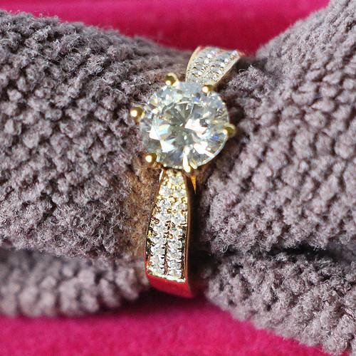 Бесплатная доставка роскошные 3ct синтетический алмаз обручальные кольца для дамы оригинальный Picture Show 925 Solid Silver 24 K желтое золото покрытием