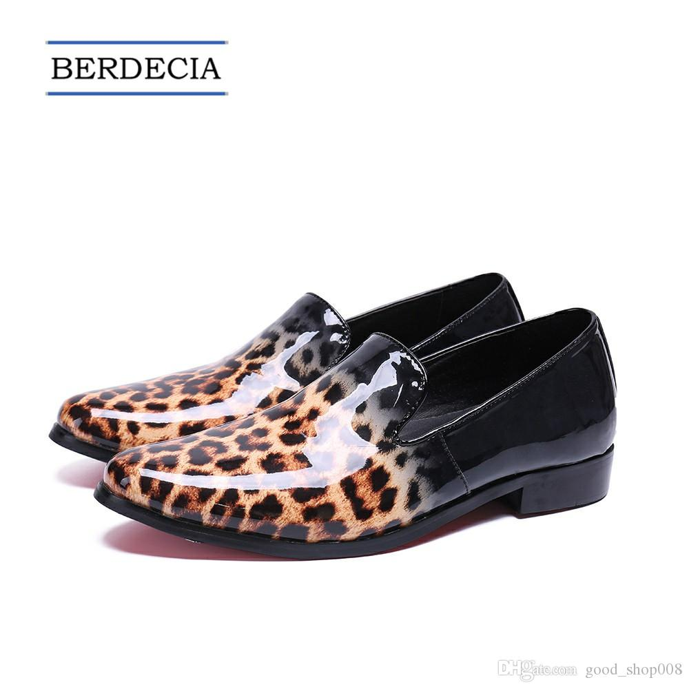 2018 Designer New Fashion Leopard Men Loafers Italian Patent Leather Party Dress Shoes Slip on Smoking Slippers Men Flats Big Size 38-47