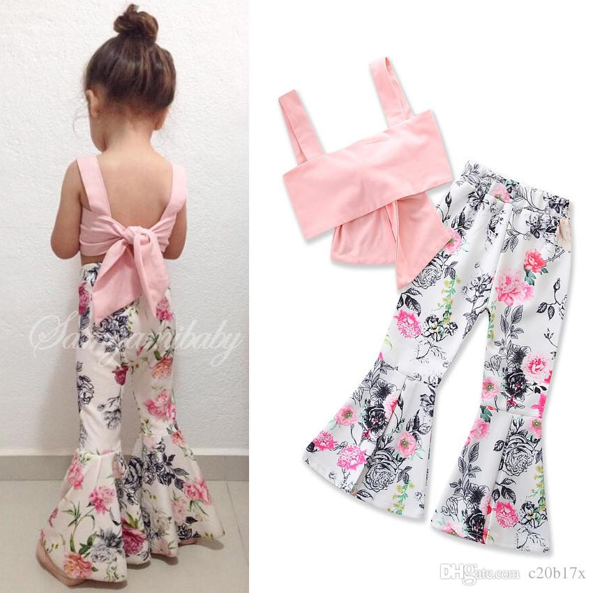 Neue Art und Weise Zweiteilige Sling ärmel-Boot-Ausschnitt Schlaghosen Pink Rose Muster Mädchen behaglichen 1T-6T Kleidung 17848 Sets