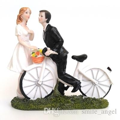 New Wedding Cake Toppers Bicycle Kissing Bride and Groom Decoration CupCake Topper Resign Figurine Craft Souvenir Wedding Favors