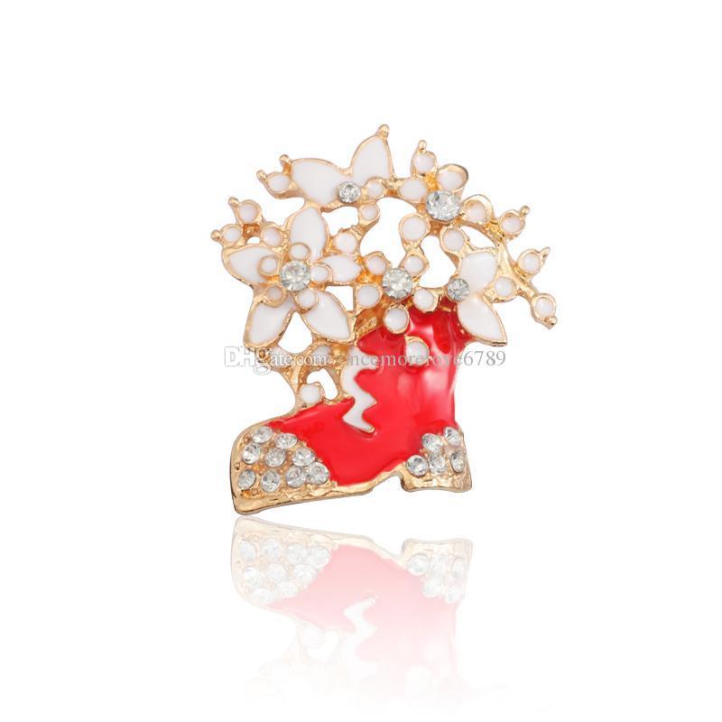 Fashion Christmas Boots Brooch Pins Gold Enamel Pin Rhinestone Flower Xmas Stocking Brooches For Women Christmas Jewelry