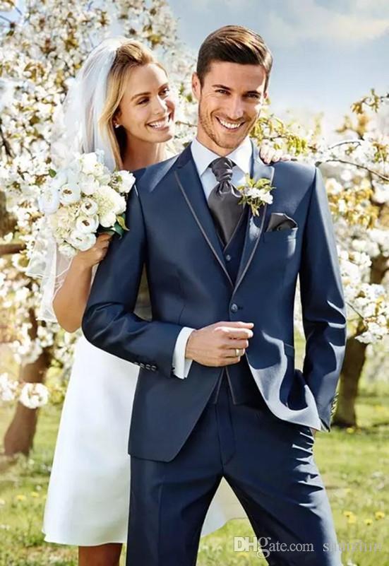 La moda de la marina de guerra oscura esmoquin de boda Slim Fit trajes de hombre Padrino de boda traje de tres piezas traje formal (chaqueta + chaleco + hormigas)
