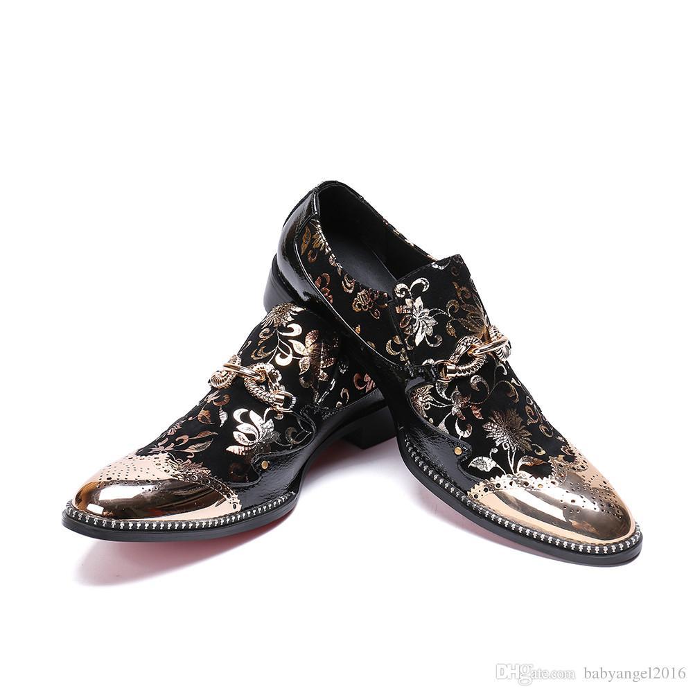 Neue gestickte Blumen Herren Schuhe Mode-Metall Zeheebenen Freizeitschuhe Männer Luxus-Side-Niet-Slip On Loafer Schuhe