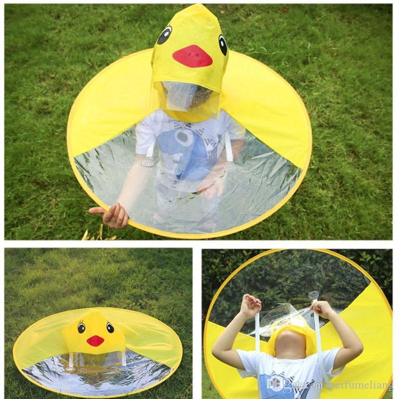 Cute Kids UFO Raincoat Rain Cover Divertente Yellow Duck Raincoat Ombrello Poncho Hands Free Rainwear Impermeabile QW8451