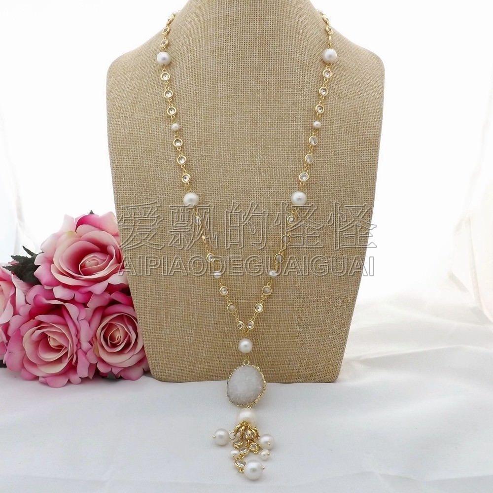 """N083001 Ciondolo Druzy in argento con catena di perle bianche Keshi da 28 """""""