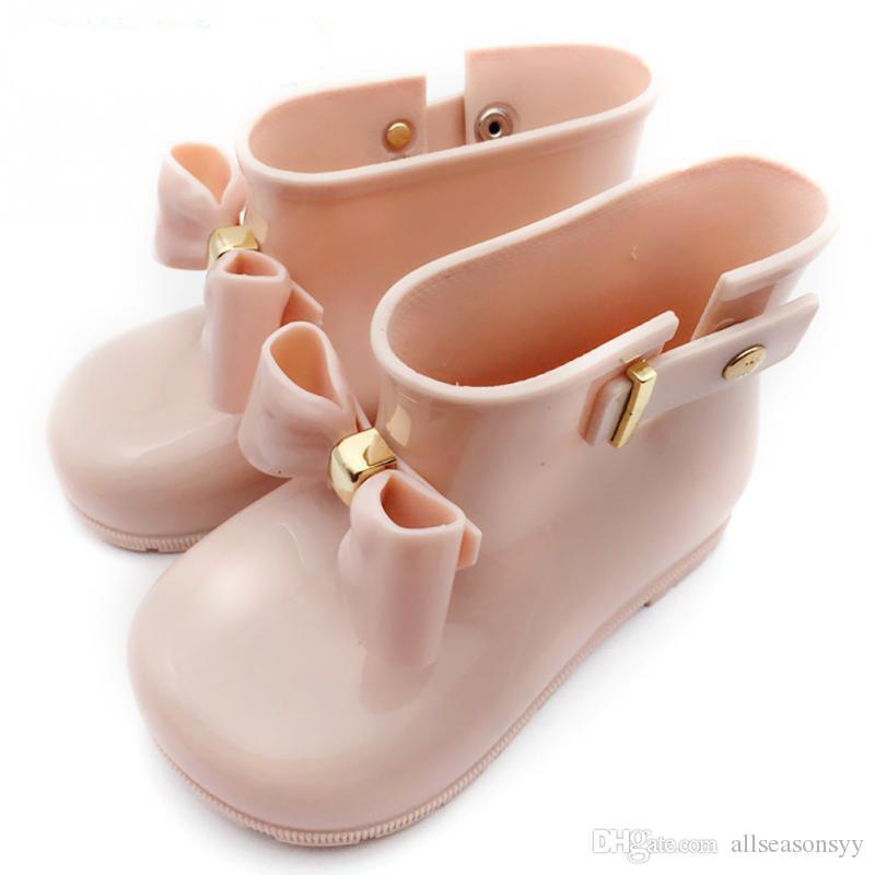 Bottes de pluie en caoutchouc imperméables durables d'enfant infantile de fille d'enfant en caoutchouc de chaussures douces pour les bébés et les filles