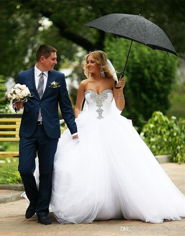 2018 Sweetheart Country Wedding Dresses with Rhinestone Beaded Long Sweep Tulle Ball Gown Bridal Dresses China