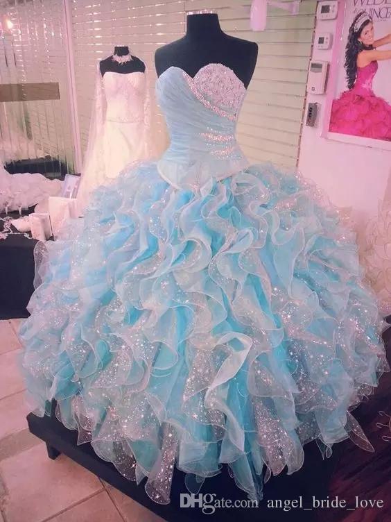 2018 Yeni Işık Sky Blue Boncuklu Balo Quinceanera elbise Sevgiliye Boyun Çizgisi Pileli Balo Abiye Organze Ruffled Tatlı 16 Elbise Q64
