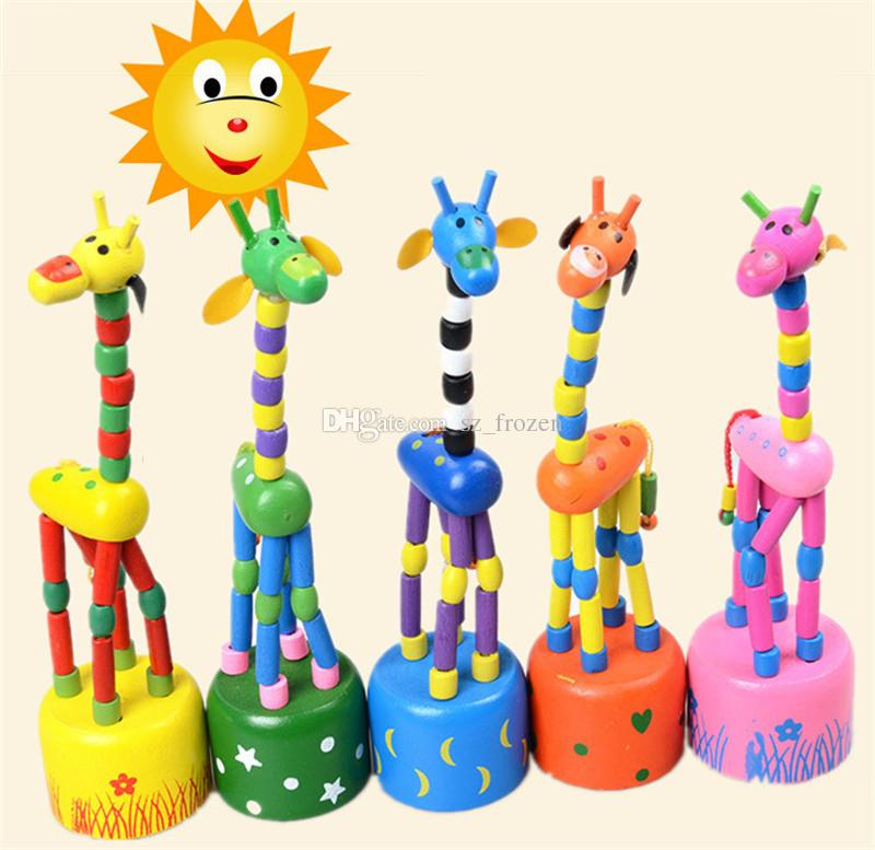Juguete de madera de la jirafa de la roca de pie que baila la muñeca de la mano 18cm Juguete animal alto Niños Juegos de la novedad Juguetes 5 Colores Originalidad de los niños Regalo de la nave libre