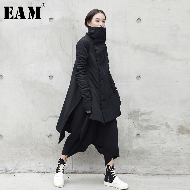 [EAM] 2018 New Fashion Stand Hiver Irrégulier Long Type Coton-rembourré Vêtements Lâche Manteau Solide Veste Noire Femme YA77101 S18101102