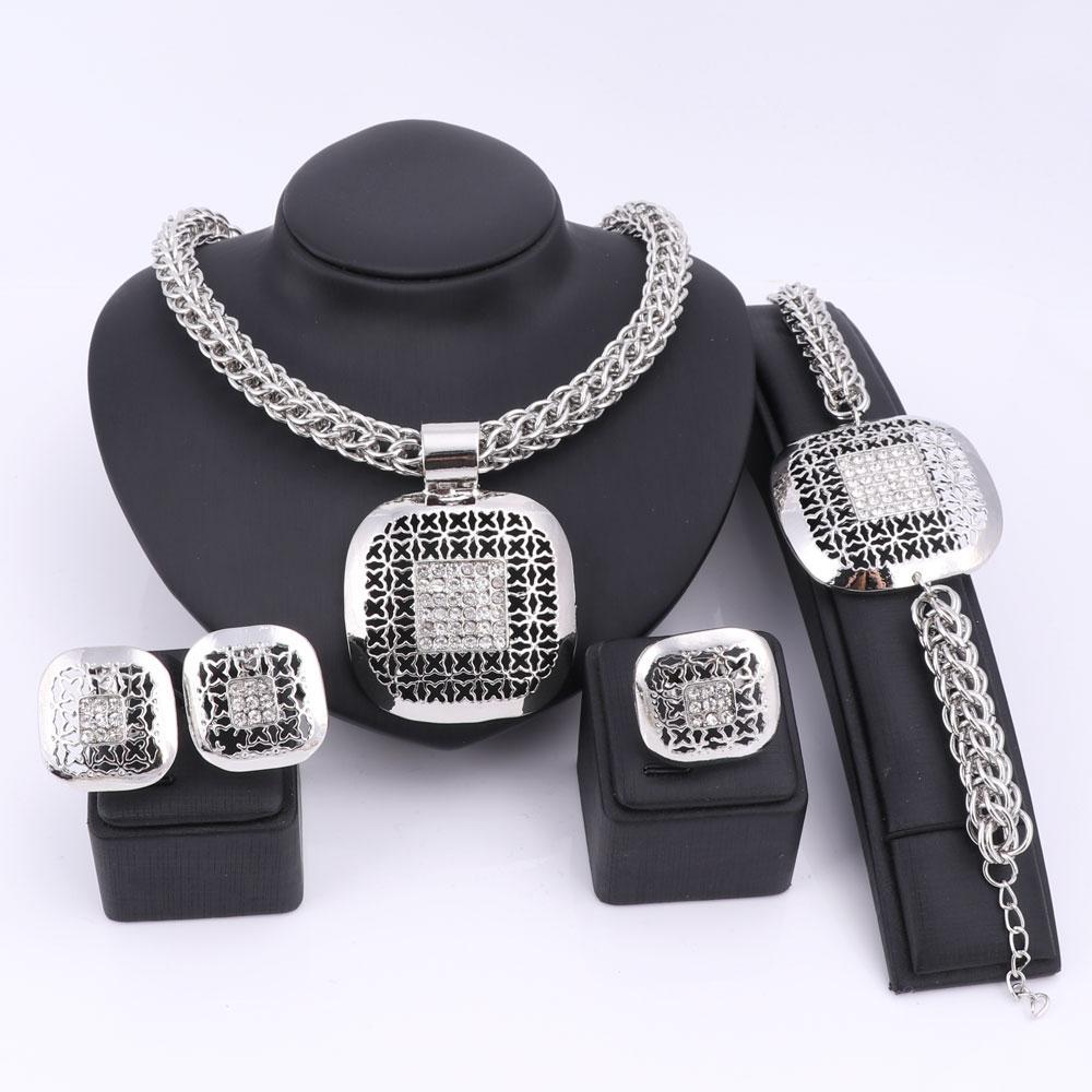 Mode Afrikanische Perlen Schmuck Set Exquisite Dubai Silber Überzogene Quadratische Kristall Schmuck-Set Nigerianischen Hochzeit Braut Bijoux