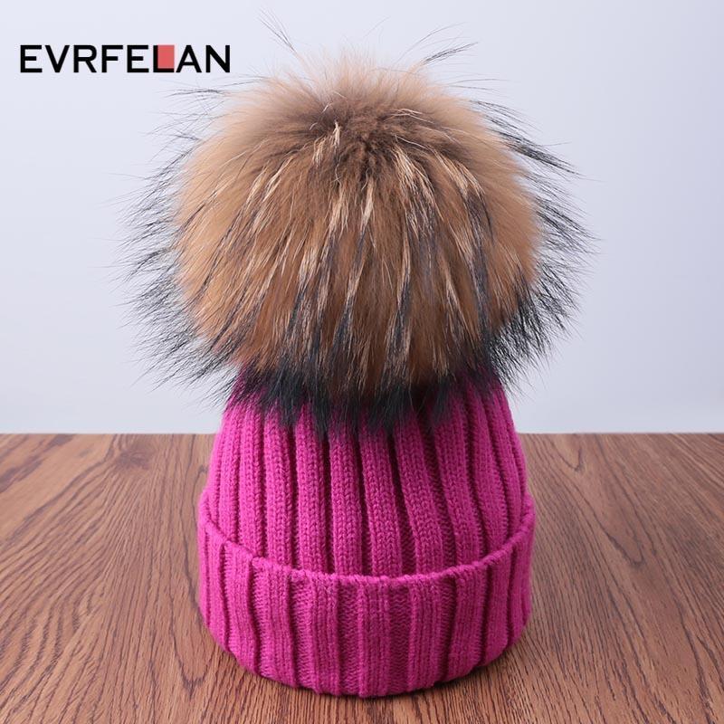 Evrfelan أزياء الشتاء الدافئ بيني القبعات للنساء مريحة الحياكة قبعة pompom الشتاء قبعة الصلبة skullies بونيه C18111601