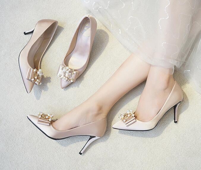 Женщины свадебные туфли новое шампанское жемчужина высокий каблук тонкий каблук мелкий рот указал мода свадебные туфли женская обувь