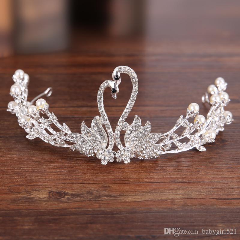 Elegante Classic Silver Wedding Crown Crystal Rhinestones Princess Party Pageant Evening nupcial de la venda del pelo accesorios barato de alta calidad