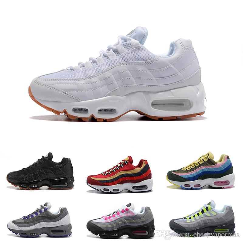 (con scatola) 2018 New Mens women 95 Shoes Casual Shoes Nero Bianco rosso verde grigio rosa Atletico walking Tennis Taglia 36-40