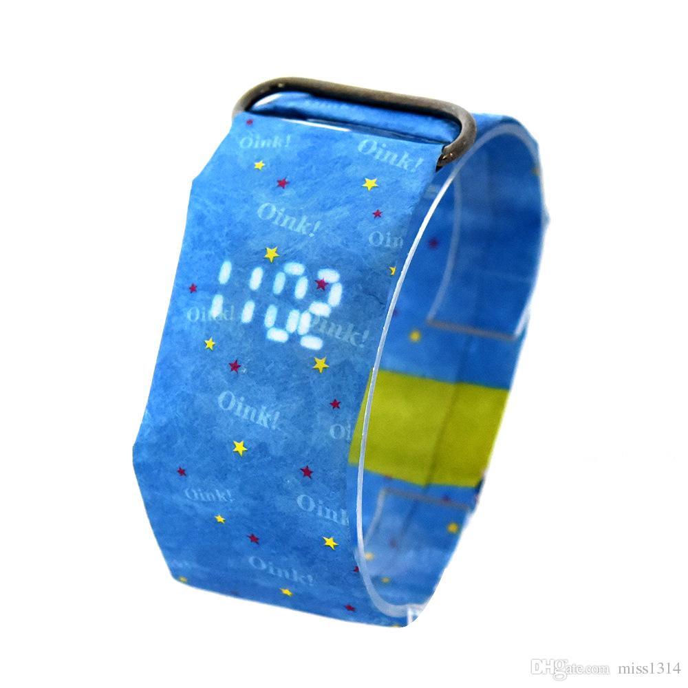 Arbeiten Sie Digital-intelligente Papieruhr-Magnetband-beiläufige LED Uhr wasserdichtes Tyvek-materielles Geschenk für Mann-Frauen-Kinder mit Kleinpaket um